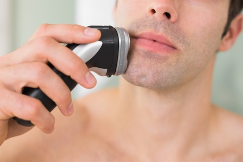 Advantages and Downsides of Rotary Electric Shavers Picture
